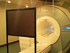 MRI リアパネル40型ブラック
